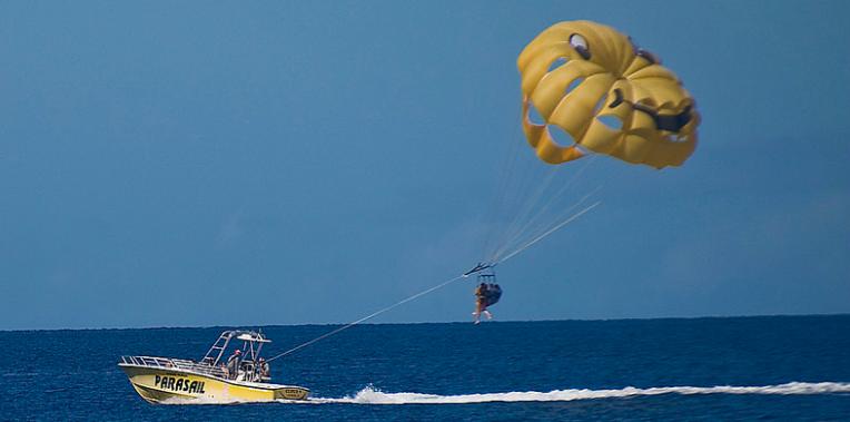 Parasailing in Maui