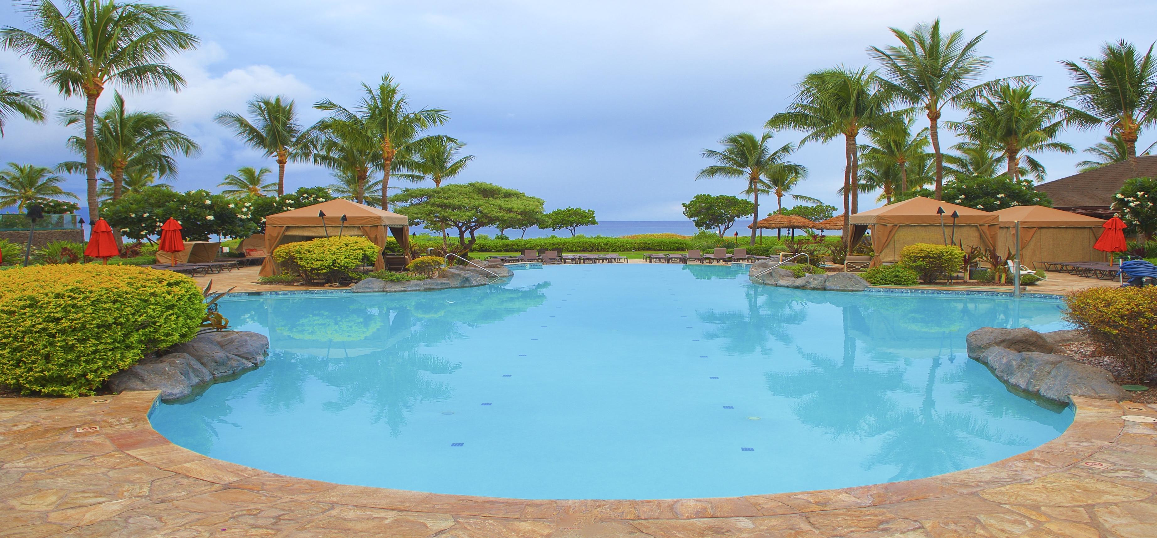 Kaanapali Beach Rentals - Honua Kai Resort Pool